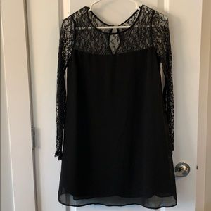 ✨Forever 21✨ black lace dress